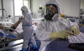 В России четвёртый день подряд фиксируют максимум новых случаев заражения COVID-19