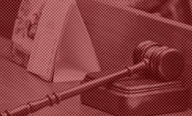 Московский суд рассмотрит дело о пропаганде наркотиков в песнях Элджея