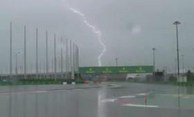 В Сочи из-за ливней закрыли трассу и отменили гонку на этапе Формулы-2