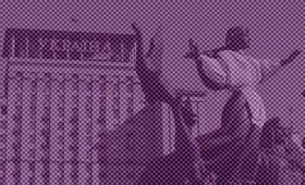 Во Львове «декоммунизаторы» начали демонтаж советской звезды